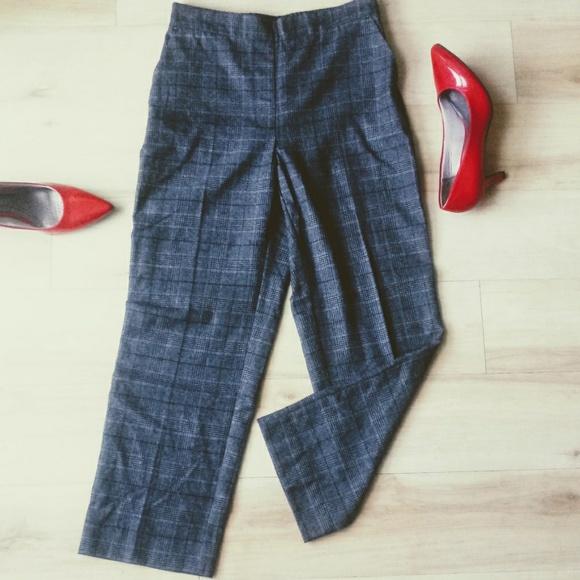 e8a17da6 Zara Basic Trouser Checked Plaid Pants Gray EUC
